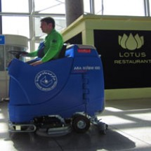 airports-floor-cleaning-services خدمات نظافتی فرودگاه
