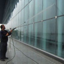 water-jet-for-facade-cleaning شستشو نما