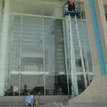 airports-facade-cleaning شست شوی نمای ساختمان فرودگاه
