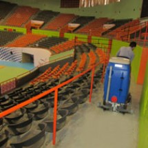 sports-halls-scrubber-dryer کف شوی اماکن  ورزشی