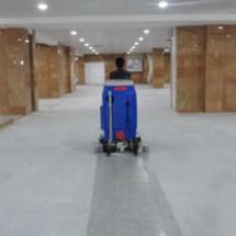 floor-scrubbing-in-industrial-areas خدمات شستشوی کف اماکن تجاری