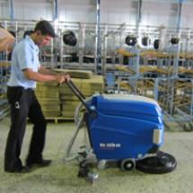 scrubber-for-factories-area زمین شوی محوطه کارخانه جات نساجی