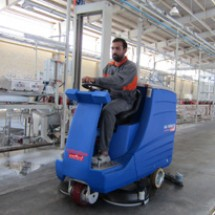 floor-and-factories-area-scrubber کف شوی محوطه کارخانه سرامیک