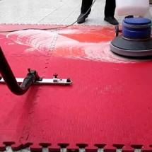 tatami cleaning with polisher and vacuum نظافت تاتامی با پولیشر و جاروی آب و خاک