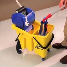 cleaning training centers with trolley نظافت مراکز آموزشی با ترولی
