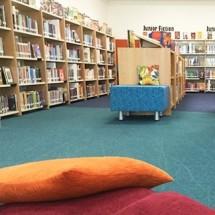 washing carpet library شستشوی موکت کتابخانه با دستگاه نظافت صنعتی