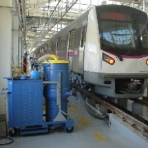 cleaning inside the train by central vacuum نظافت واگن قطار با مکنده مرکزی