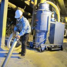 industrial-vacuum مکنده صنعتی قوی صنایع سیمان
