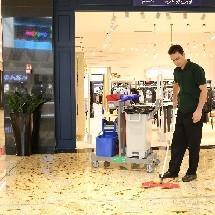 shopping mall trolley کاربرد ترولی در مراکز و مجتمع های تجاری