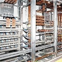 cleaning switchgear نظافت تابلو برق با دستگاه جاروبرقی صنعتی