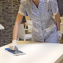 restaurant cleaning with trolley نظافت رستوران با ترولی و ابزار نظافت