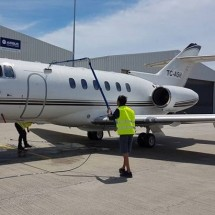 aircraft-cleaning شستشوی بدنه هواپیما با نماشوی