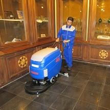 museum cleaning نظافت موزه با اسکرابر و جاروبرقی