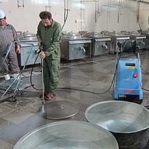industrial pressure washer and kitchen cleaning واترجت صنعتی و نظافت آشپزخانه ها