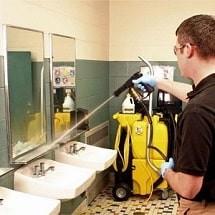 bathroom cleaning with high pressure suction spray نظافت سرویس بهداشتی با اسپری مکش پرفشار