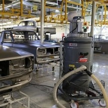 industrial vacuum cleaner automotive industry نظافت صنعتی کارخانه خودروسازی
