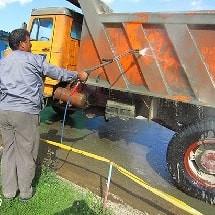 car wash equipment ضروری ترین تجهیزات کارواش