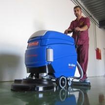 scrubbing-services-in-educational-areas شستشو و نظافت مراکز اداری و آموزشی