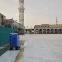 scrubber-for-cleaning-mosque کفشوی شبستان مسجد