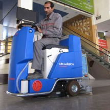 scrubber-machines-for-cleaning-train-stations کفشوی ایستگاه های راه آهن