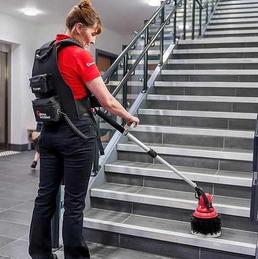 دستگاه نظافت راه پله، دستگاه اسکرابر چندمنظوره